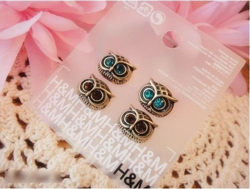 D053 Min.order is 15pairs, Fashion Earring.Metal Owl Stud Earrings Antique Rhinestone Earring Free shipping D053