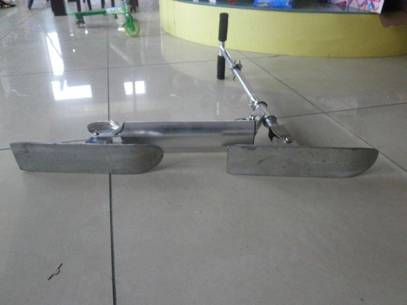 2wheels aluminum snow scooter