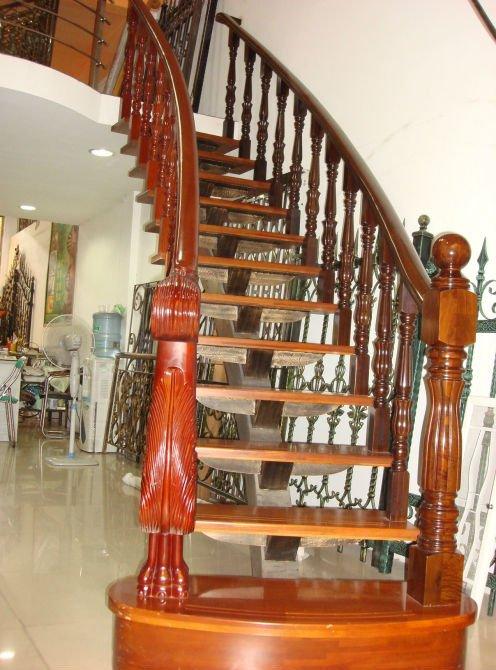 Casas cocinas mueble trabajar en conforama for Escaleras de casas de lujo