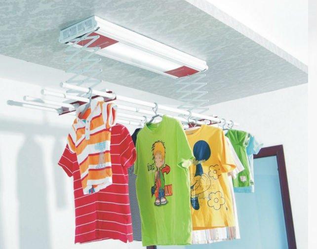 Etendoir de plafond avec manivelle buanderie pinterest for Sechoir a linge plafond