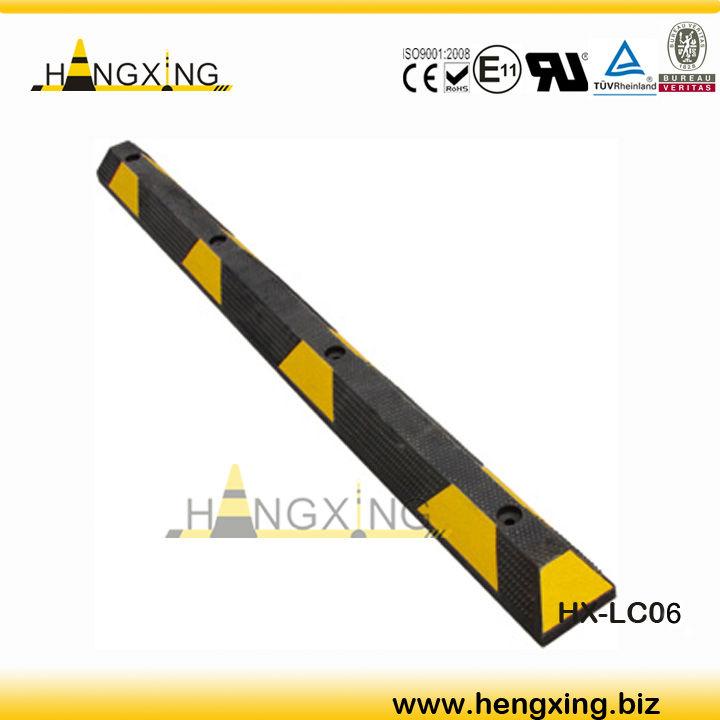 HX-LC06 reflective rubber wheel chock