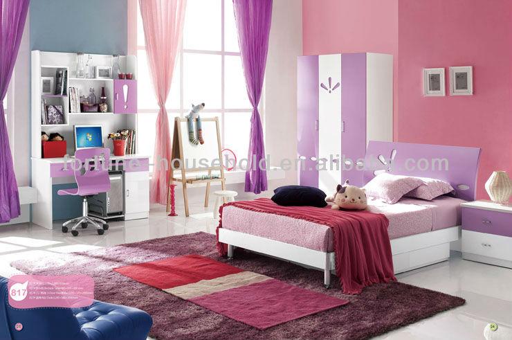 Camera Da Letto Ragazza Moderna : Ragazza camera da letto insieme ...