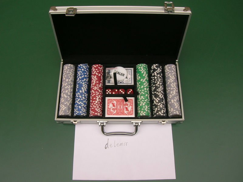 aluminum Poker chip set with roulette