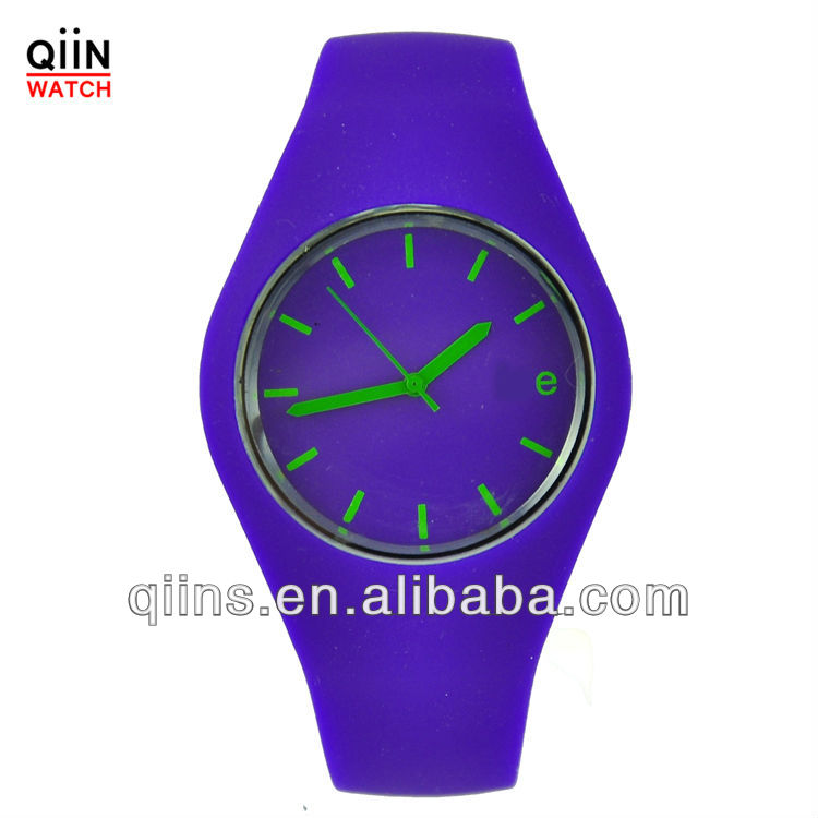 QD0171 New silicone vogue watch