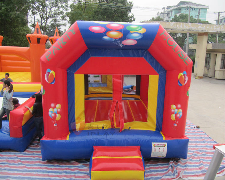Inflatable jump houses/colorful,safe,strong/children favorite play jump housesIB-113