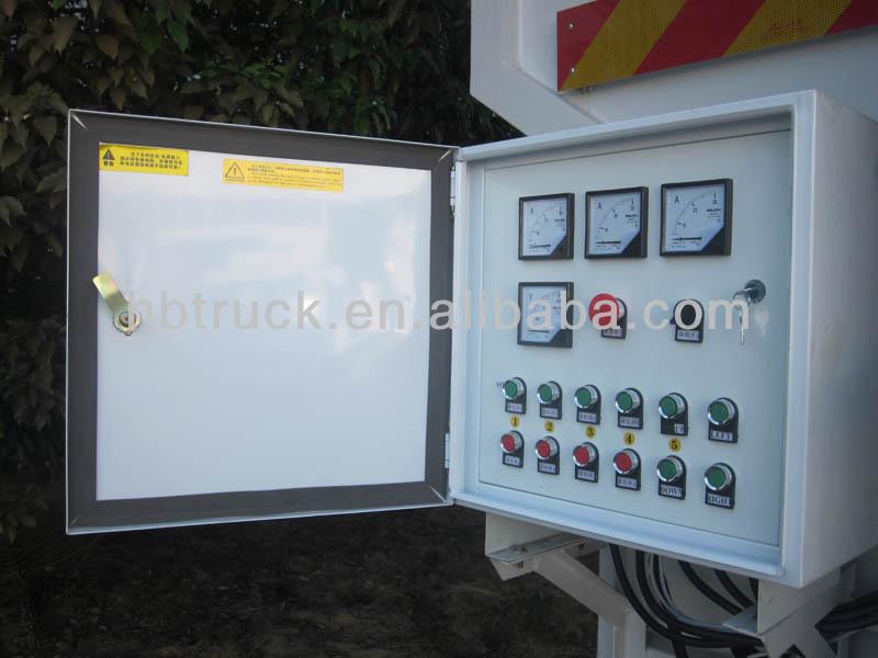bulk feed truck 010.jpg