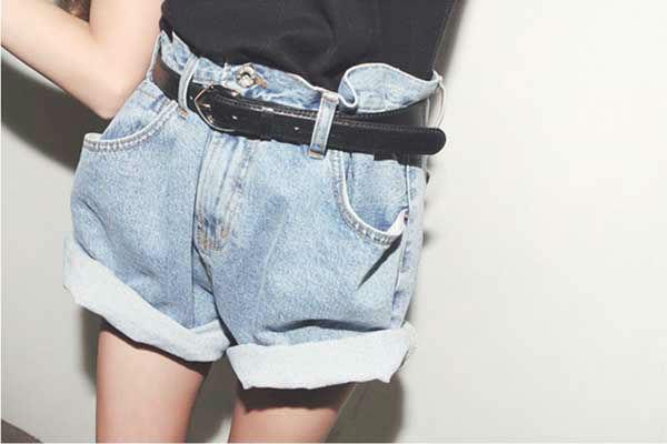 Как сделать из мужских джинс женские