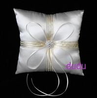Свадебный букет Cream Satin Wedding Ring Cushion/Bridal Pillow
