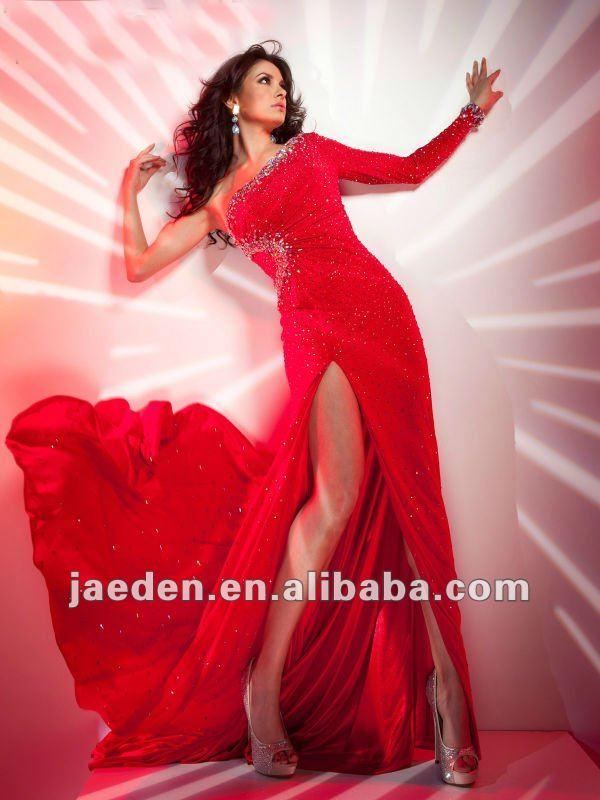 JE0174 Hot Red Crystals Decoration One-shoulder Long Sleeves Side Split Design Long Sexy Evening Dresses 2013