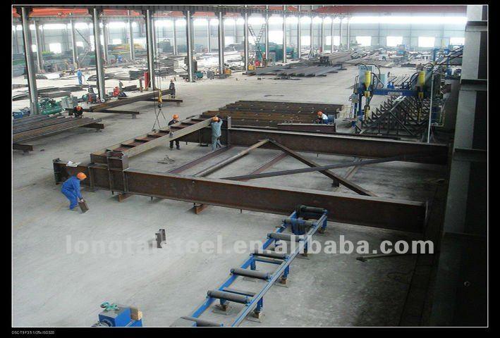 prefabricated steel aircraft hangar