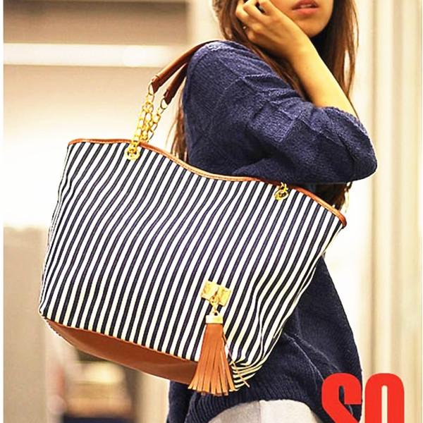Holiday Sale Bags Handbags Fashion Women Stripe Street Snap Candid ...