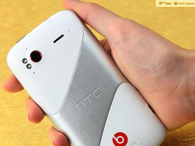 HTC G18 Sensation XE Z715e (11)