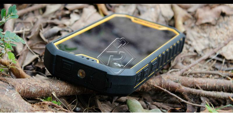 Runbo X6 Walkie Talkie Smartphone Andrid 4.2 Quad Core Dual Sim Card GPS Navigation IP67 Waterproof Mobile Cell Phone