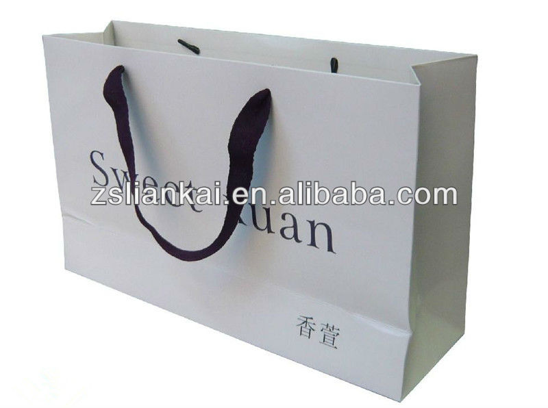 Luxury custom paper printed shopping bags with high quality