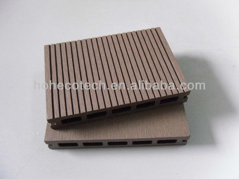 Engineered Wood Slat Wpc Decking Barge Wood Plastic