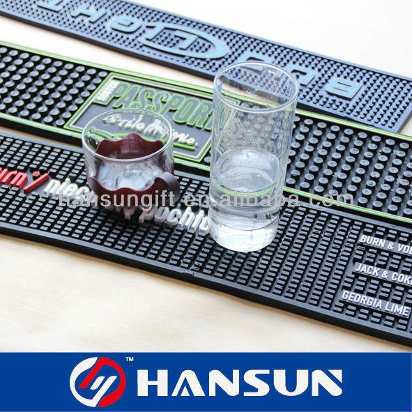 HS868-9 Personnalisé tapis déversement bar chine fournisseur promotionnel de mode carré de marque personnalisée en caoutchouc bière biggie logo pvc tapis de bar