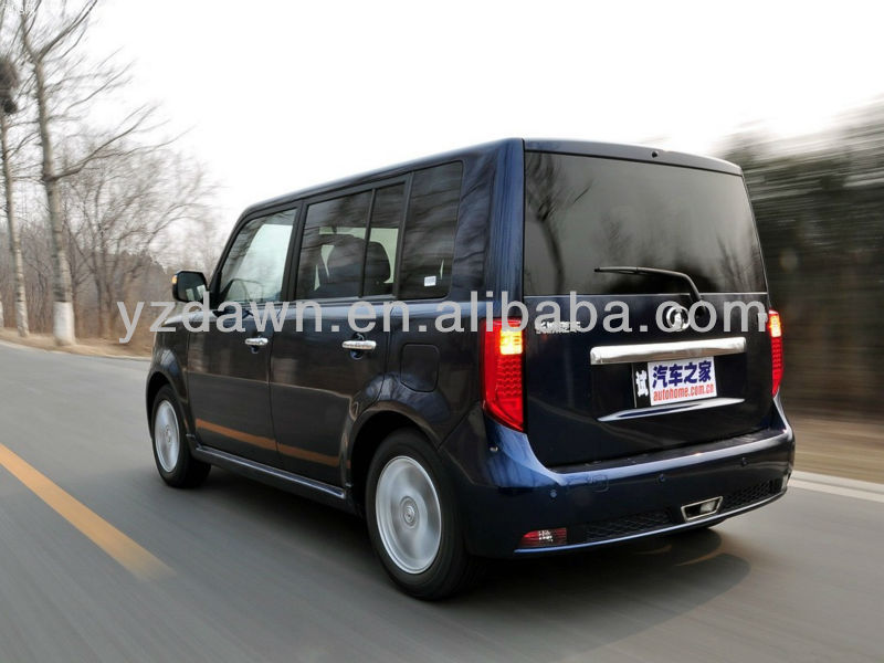 Very cheap old fashion high quality 5 doors fast speed electric sedan car for daily use
