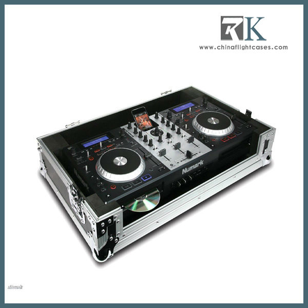 speaker flight case with casters for Alto Pro Audio TS112A