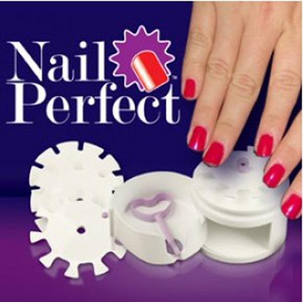 Free shipping AS SEEN ON TV 1set Creative Nail Perfect Salon Art Set ...