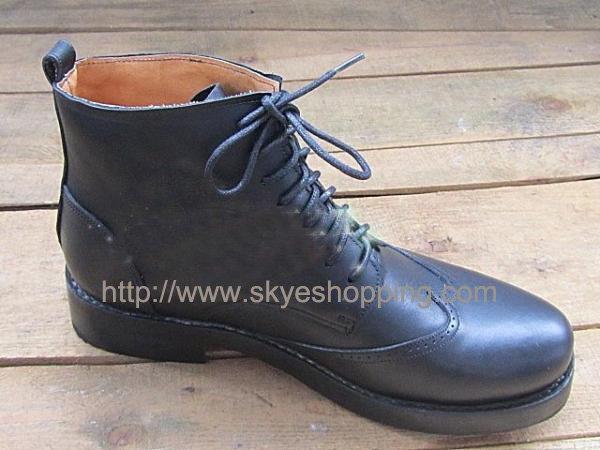 ccustom handmade boots.jpg