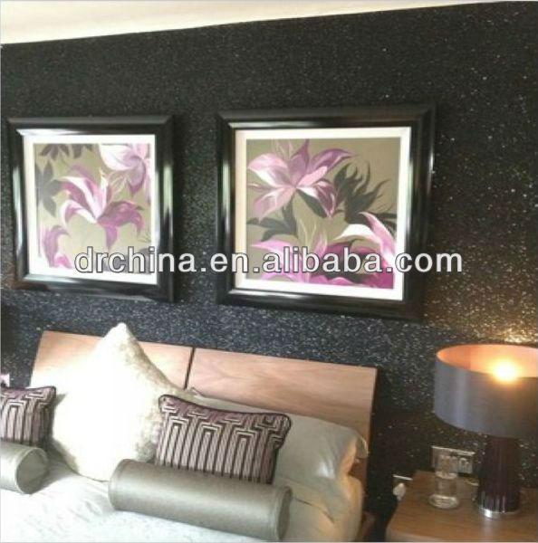 black wallpaper.jpg