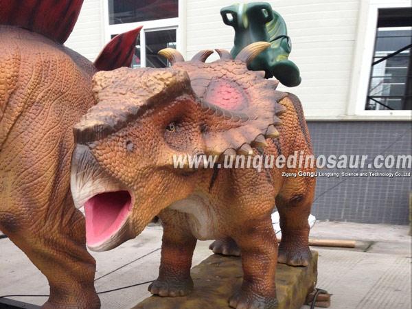 Animatronic Dinosaur Ride Game Simulator Dinosaurs.jpg
