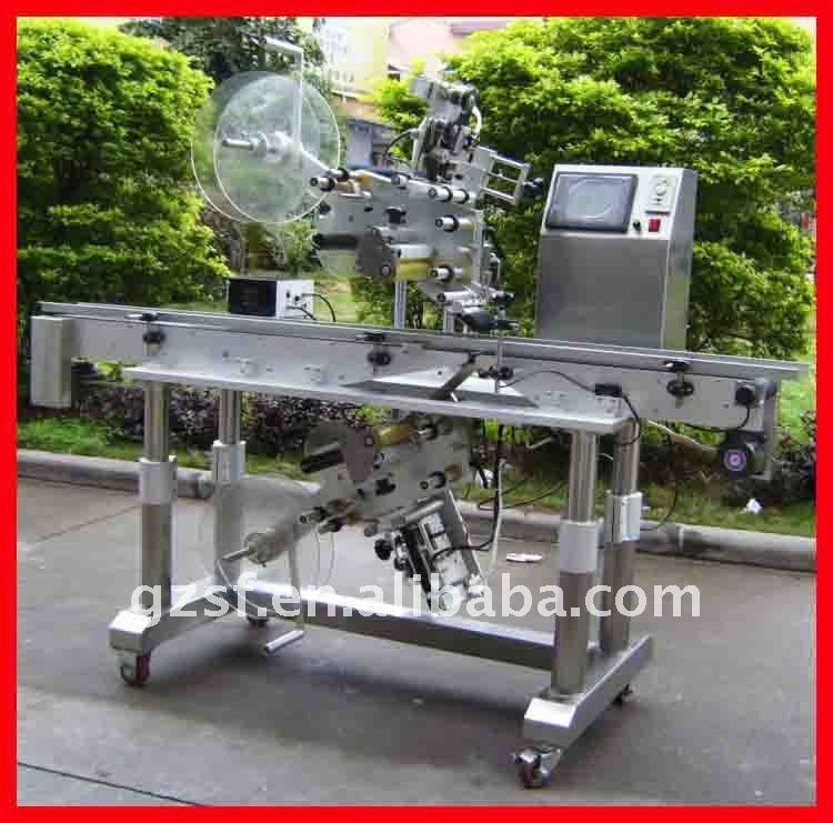 top and bottom labeling machine