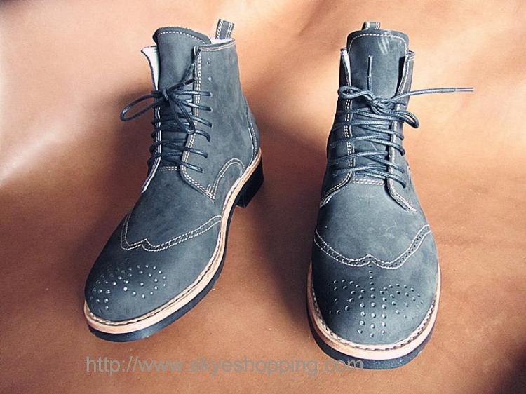 bespoke boots.jpg