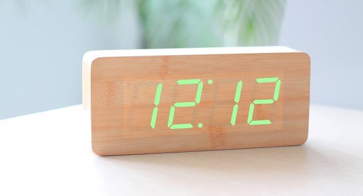 Blanc Led Alarm Clock Wooden Led Alarm Clock