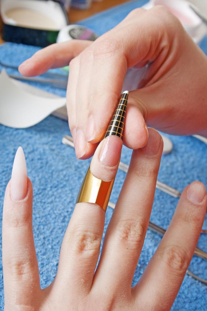 Как сделать себе ногти на картоне