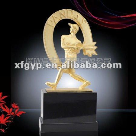 2014 aliexpress custom design metal baseball statues