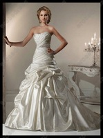 New Style Sweetheart  Strapless Wedding Dress 2012 With Pleats MD-B074