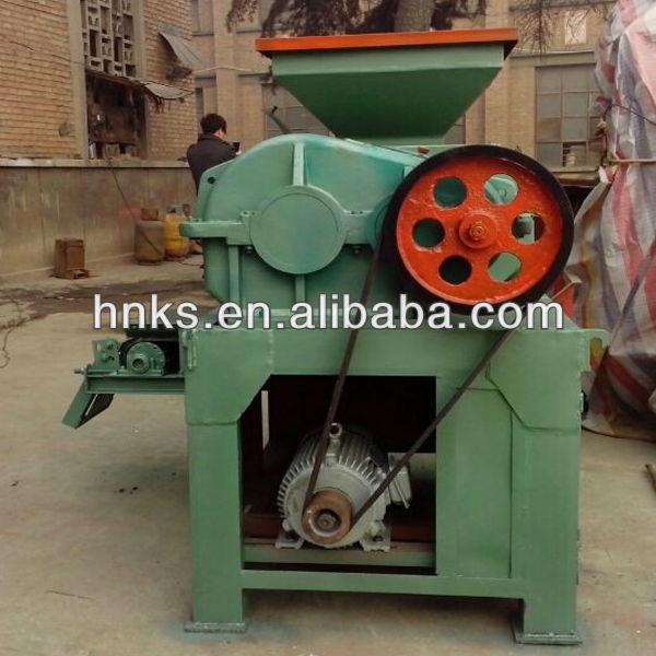 Roller type coal charcoal briquette making machine (2).jpg