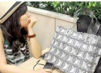 Маленькая сумочка hangbag