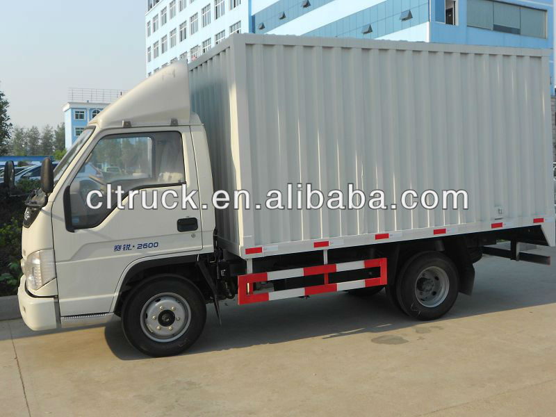 Mini dry van truck diesel delivery truck 1-3T on sale