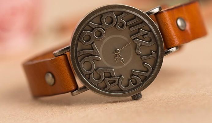 Часы необычные наручные женские