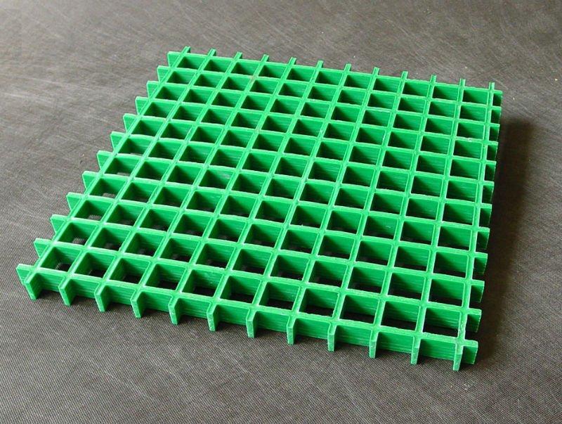 Plastic grate flooring
