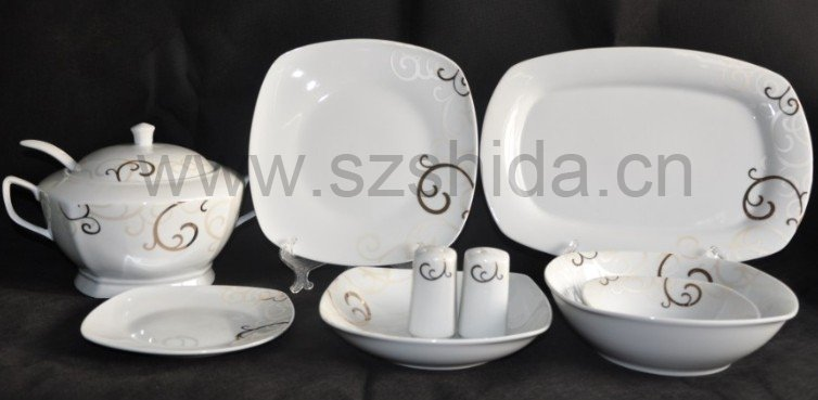 Factory directly supply 32pcs Porcelain Dinnerware/ Crockery dinnerware SDG1057