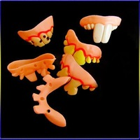 Детская игрушка розыгрыш 6 x Terrible Funny Goofy Fake Rotten Teeth Halloween Party Favor Creepy Dentures