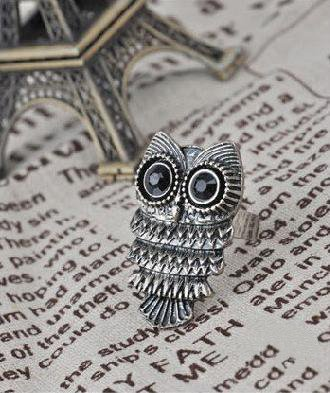 Love ring vintage rings bronze owl with black eye fashion alloy ring finger ring A