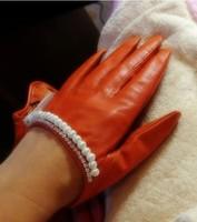 Женские перчатки из кожи  ETB39
