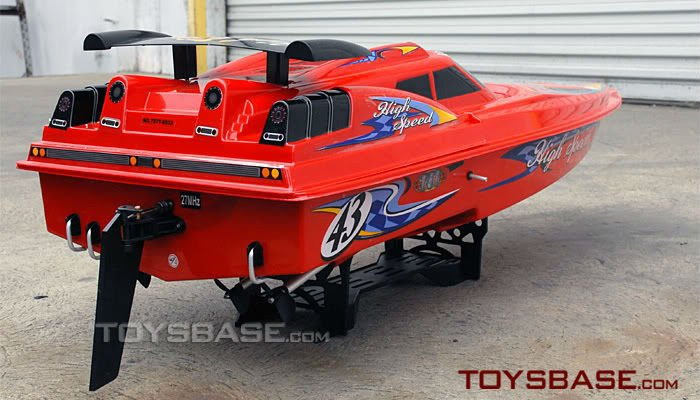 18 Engine RC Gas Boats 3847