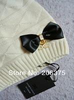 Женская шапка BOBOXIU