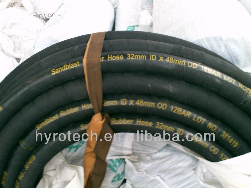 Rubber hose for sand blast
