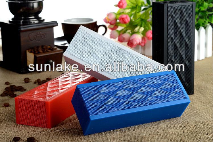 Cube design strong bass wireless Bluetooth speaker