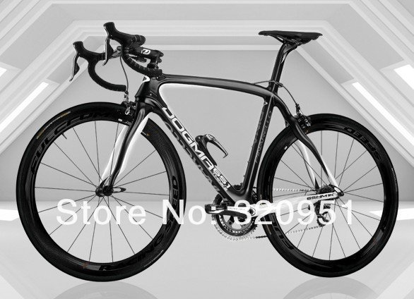 Pinarello-Dogma-65-1-Think2-black-white.jpg