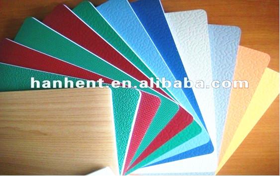 Plancher de feuille de vinyle avec aspect bois rev tements for Plancher exterieur plastique