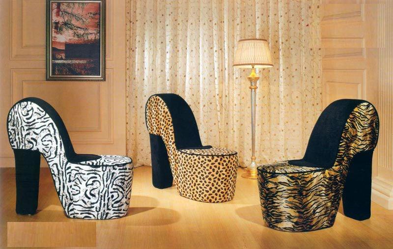 Schuhstühle - High-Heel Schuhsessel im Leoparden-Look