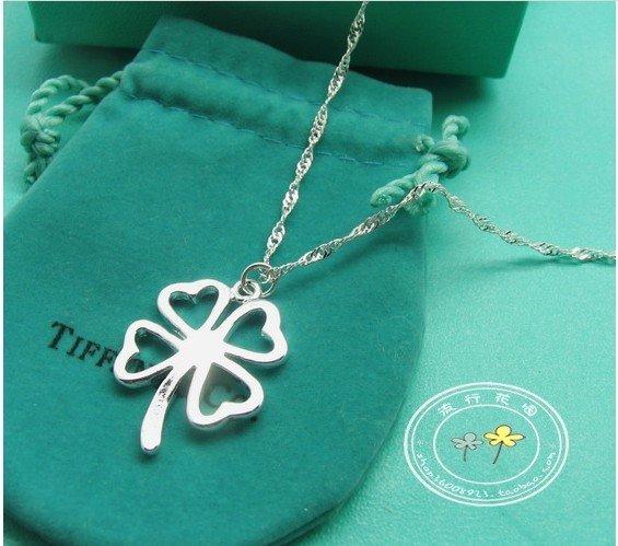 Free Shipping! South Korea joker claddaugh rotates inside a traditionally-designed box necklace