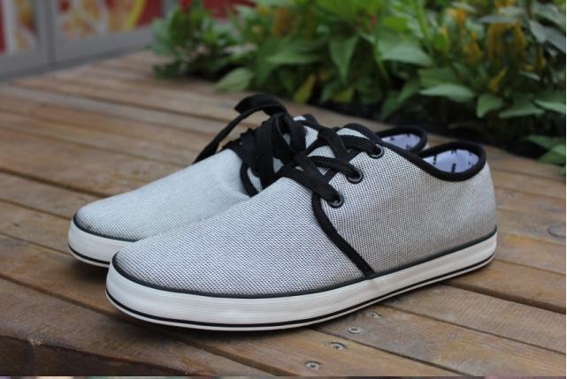 Мужские кроссовки , w001